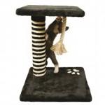Hold katten stimuleret med et kradsetræ (foto lavprisdyrehandel.dk)
